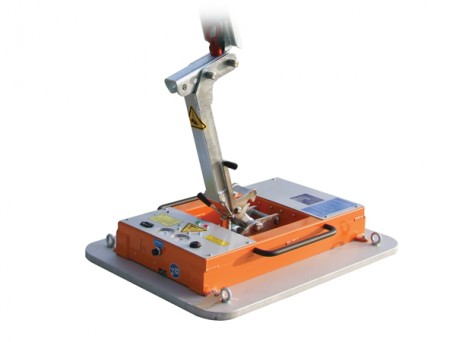 Miniclad Cladding Lifter for installing coldstore panels