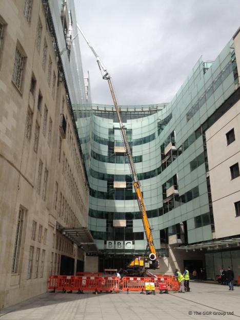 Starworker 1200 trailer crane at BBC Broadcasting House