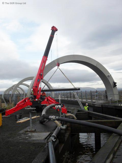 UNIC URW-506 at the Falkirk Wheel boat lift