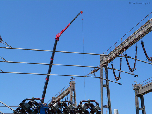 10 tonne mini spider cranes working over power lines