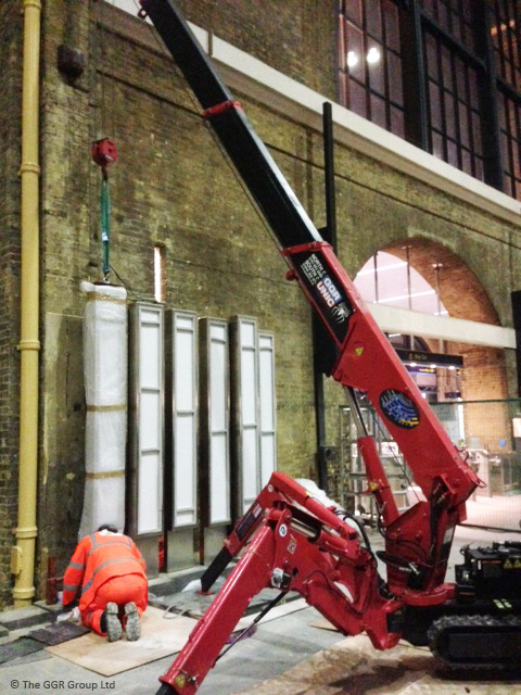 UNIC mini crane installing Kings Cross memorial