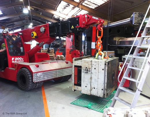 F200E Plus compact crane in plastics factory
