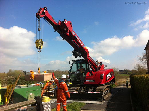 MCC805 compact crane works at Derbyshire canal