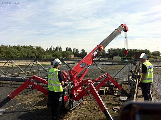 UNIC URW-295 spider crane at wastewater treatment works