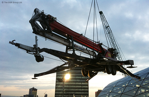 Starworker trailer crane being lifted onto One Angel Square