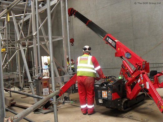 UNIC mini crane at Finnieston substation