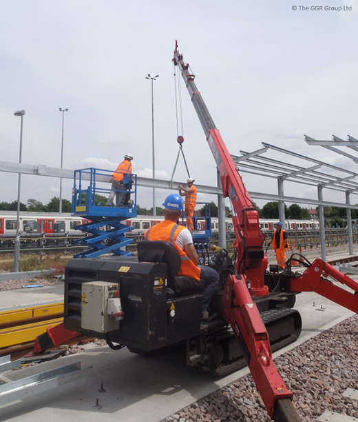 Neasden depot steel lifting