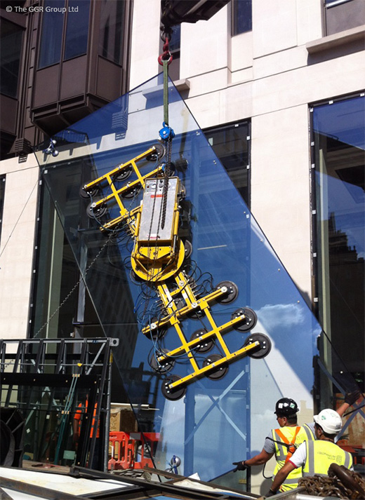 GGR's Hydraulica vacuum lifter in central London