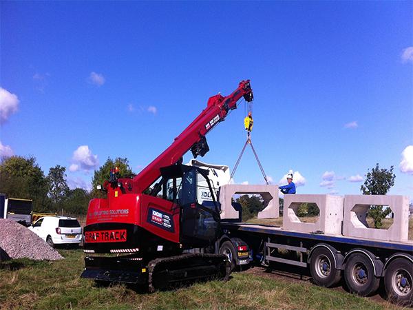 MCC805 Lifting Culvert