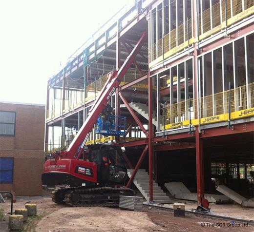 MCC805 crawler crane lifting staircase