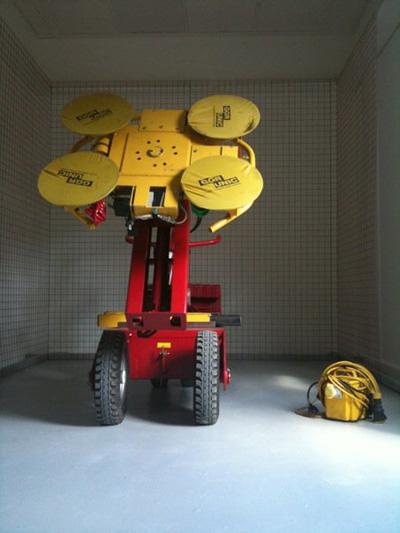 Geko robot used in art installation