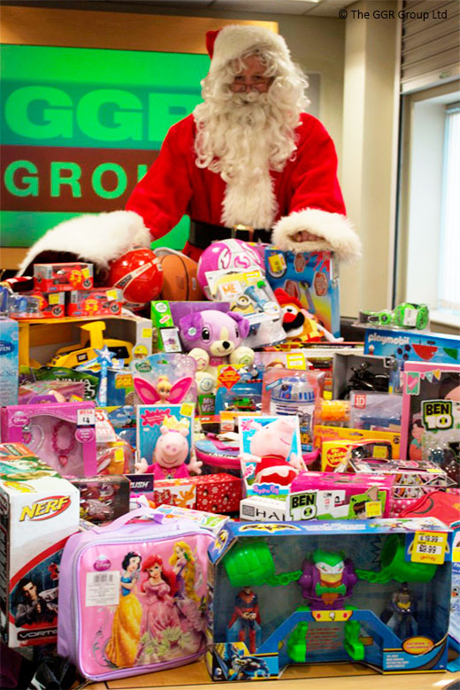 GGR donate gifts to Wood Street Mission