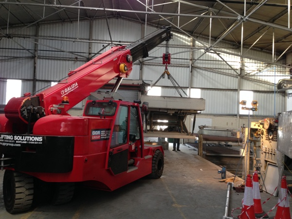F200E Industrial Pick & Carry Crane GGR Group