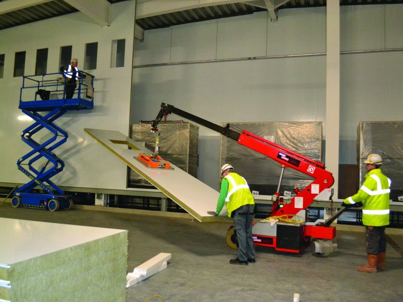G20 installing sound proof cladding with MiniClad cladding lifter