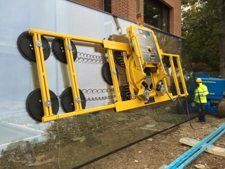 GGR UK Largest Glass Lifters Hydraulica 4000 2