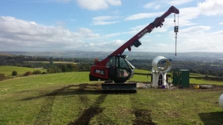 GGR Mini Crawler Crane Installs Wind Turbine