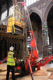 GGR's spider crane in action at Manchester Cathedral
