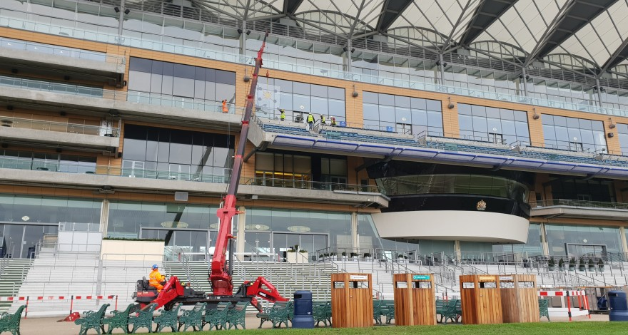 UNIC URW- 1006 at The Royal Ascot race course