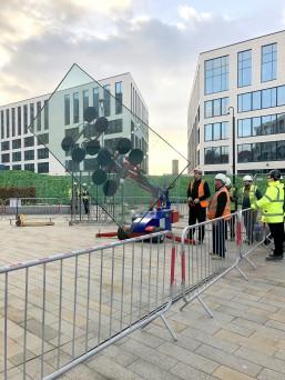 Oscar 1400 installing glass in Leeds.