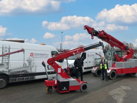 Pick and Carry Cranes for Lifting Projects UK